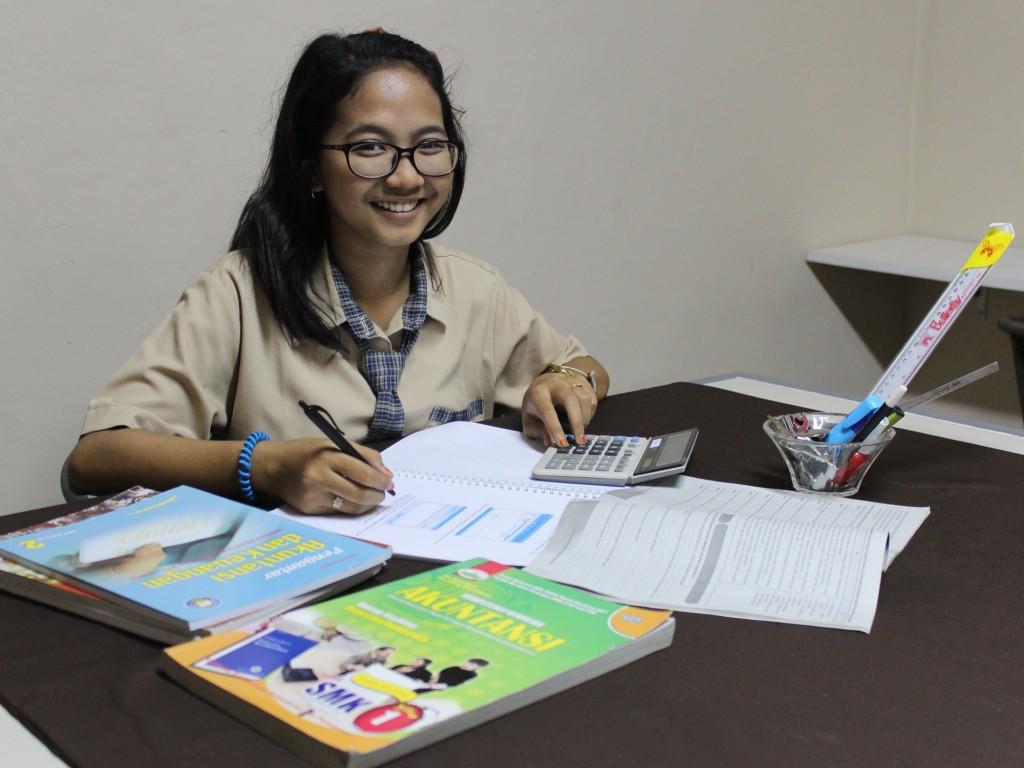 bhakti anindya program studi akuntansi