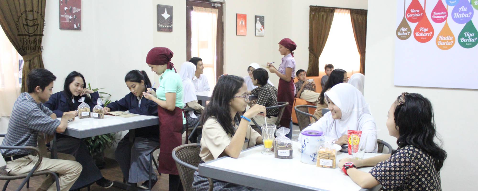 Cafe SMK Bhakti Anindya Tangerang