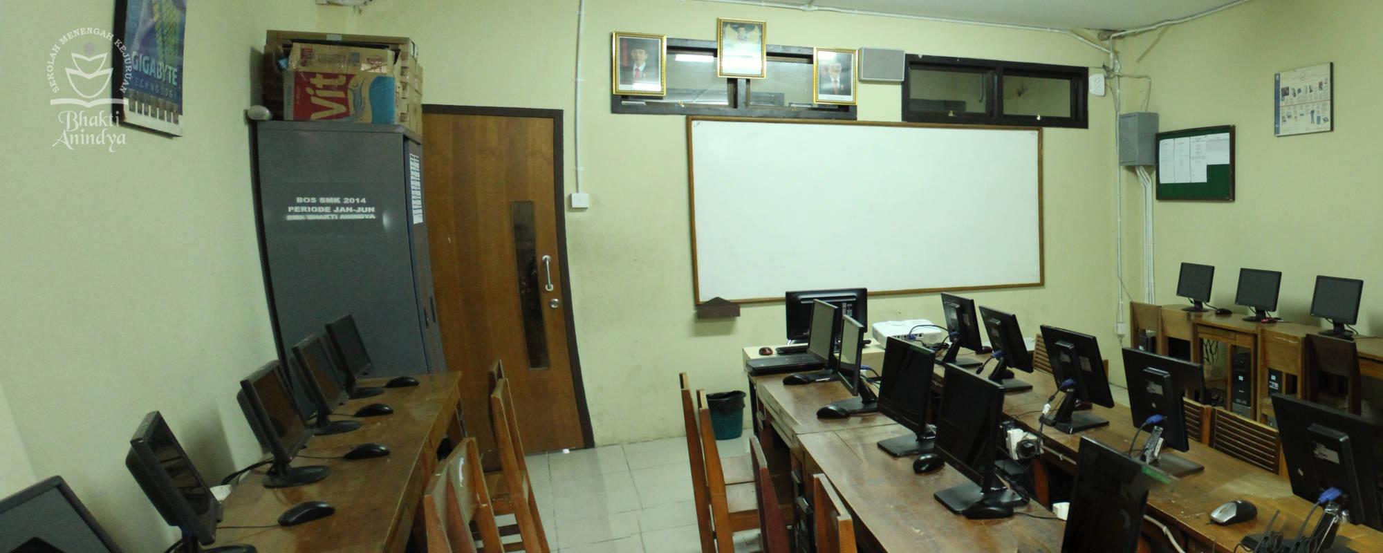Lab Komputer SMK Bhakti Anindya Tangerang